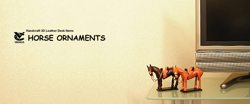 handcrafted leather desk item horse ornaments
